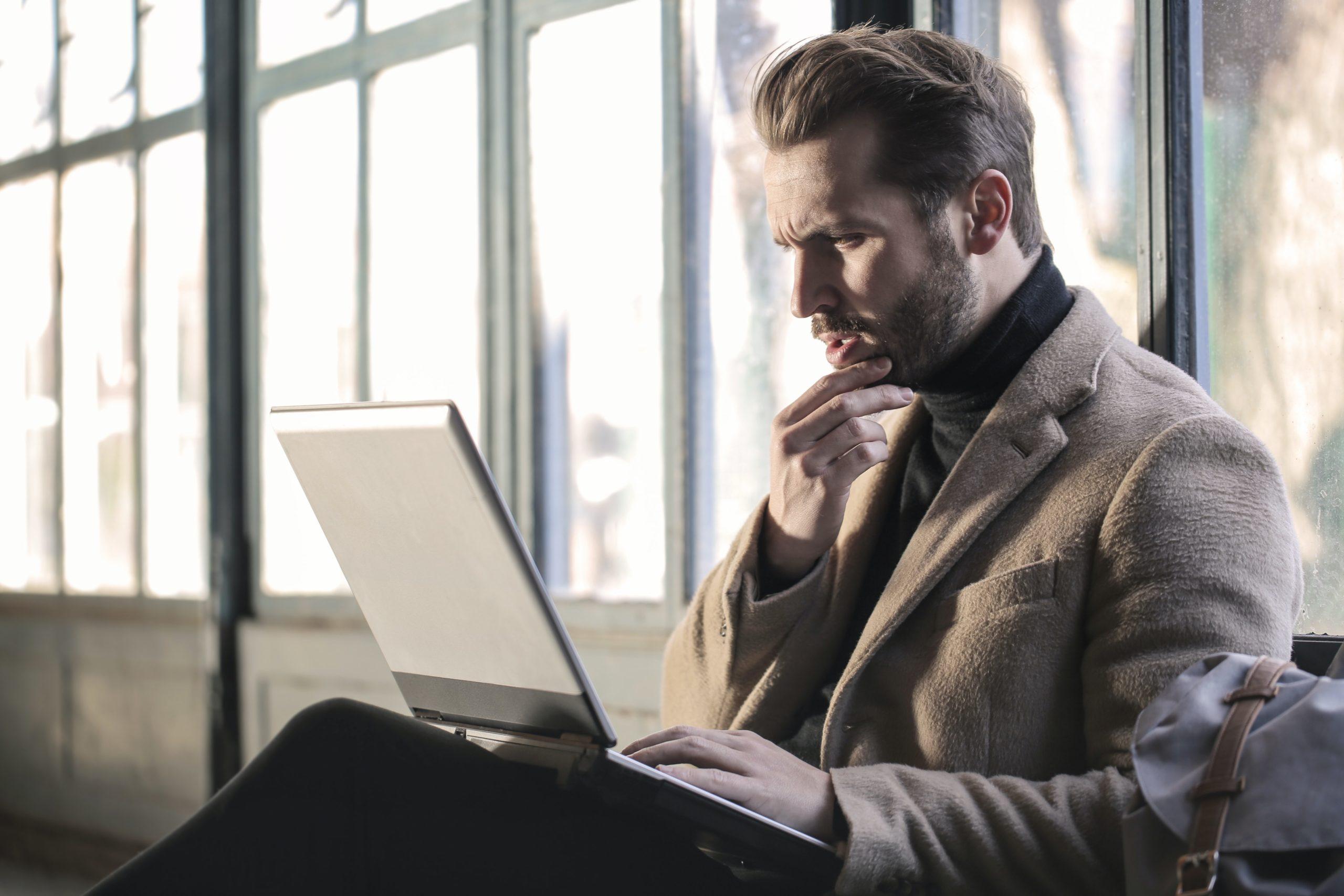 Svårt att veta hur mycket lön du och dina anställda ska ha nu om ni kör korttidsarbete?